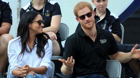 Harry y Meghan se despiden de sus títulos reales y de los fondos públicos