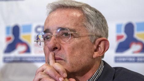 Álvaro Uribe: No es un golpe de Estado si militares venezolanos «restauran democracia»