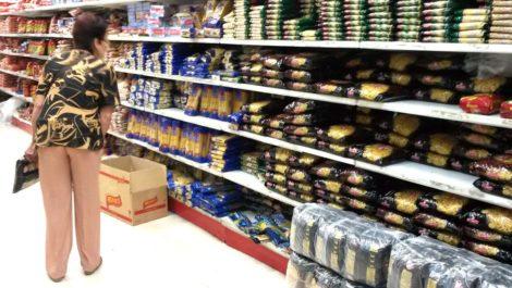 En octubre se necesitaron 50 salarios mínimos para la canasta básica alimentaria