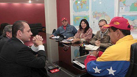 Raúl Gorrín reunido en Miraflores con Nicolás Maduro