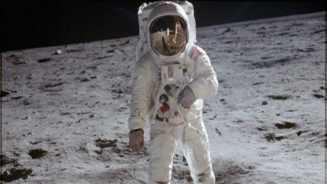 Se requieren 30.000 millones de dólares para volver a la luna