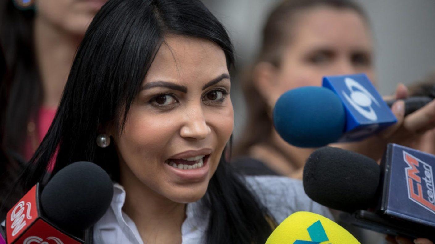 Delsa Solórzano se fue de UNT