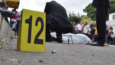 Asesinaron a una enfermera en un hotel y dejaron su cuerpo en una zona boscosa