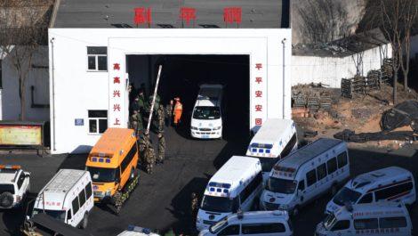 Derrumbe en mina de carbón en China causa 21 muertos
