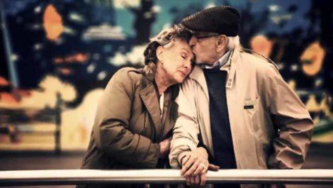Adultos mayores son los más propensos a caer en los fakes