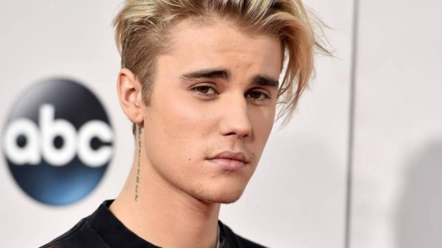 "Justin Bieber anuncia que regresa al ruedo musical con ""The Best"""