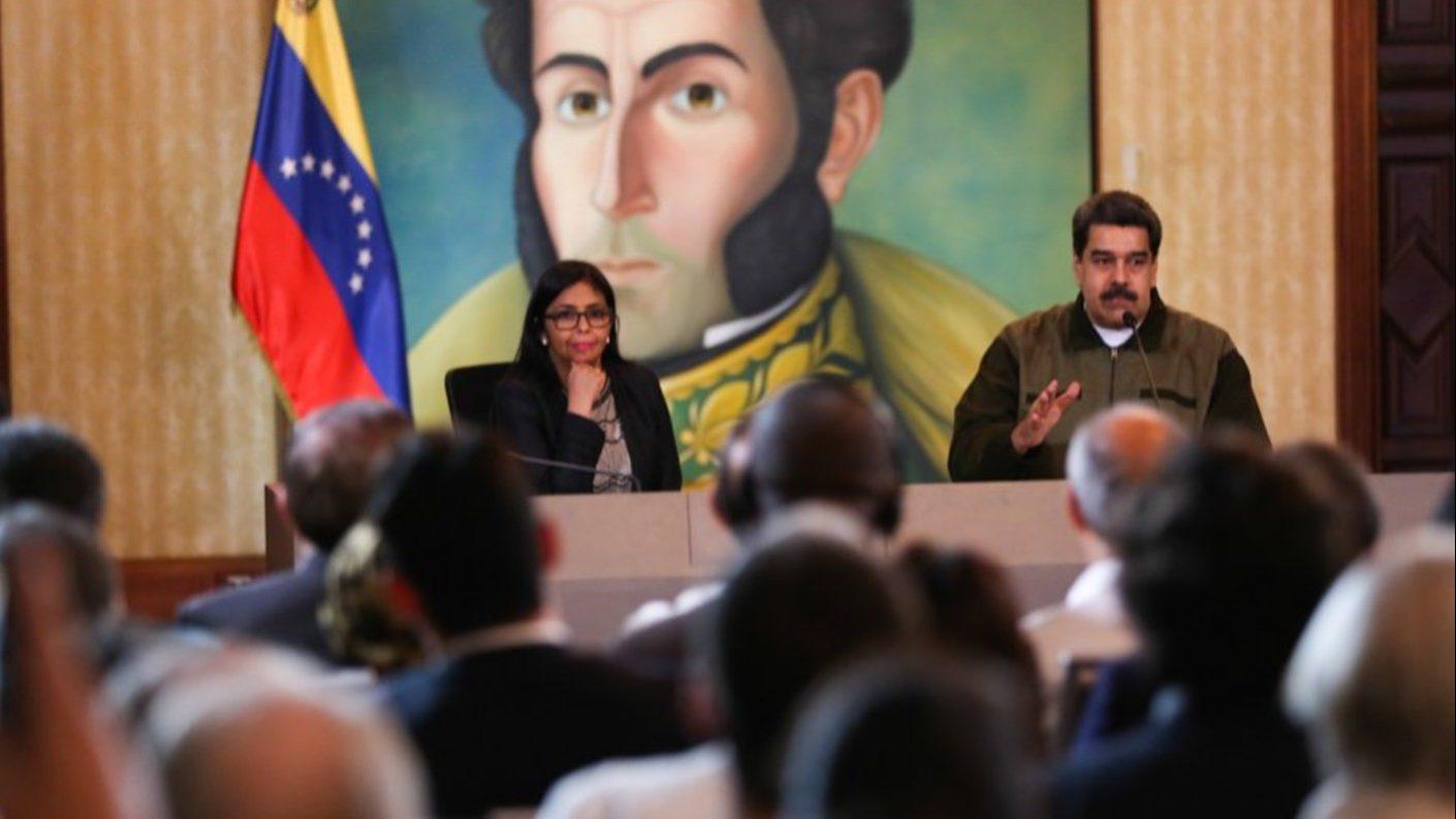 Maduro dice que es un «show» la designación de Juan Guaidó
