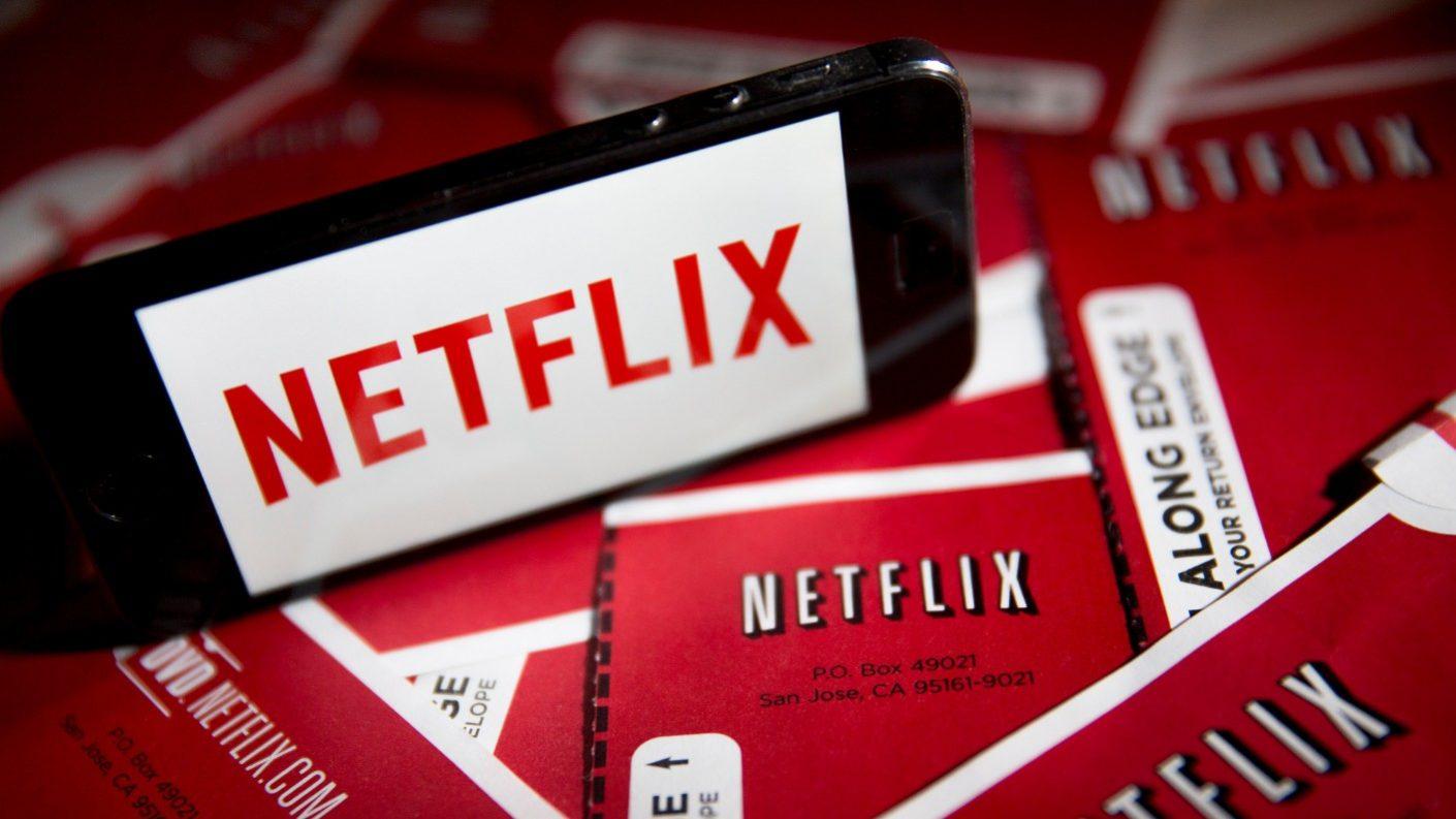 Constituyente plantea establecer impuestos a Amazon y Netflix