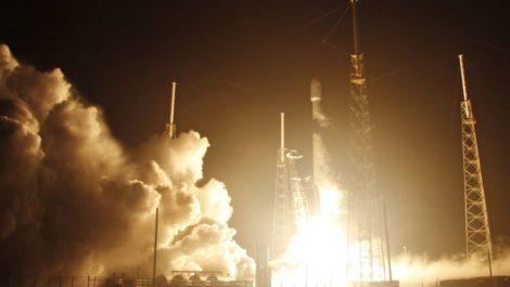 Luna SpaceX SpaceIL Elon Musk