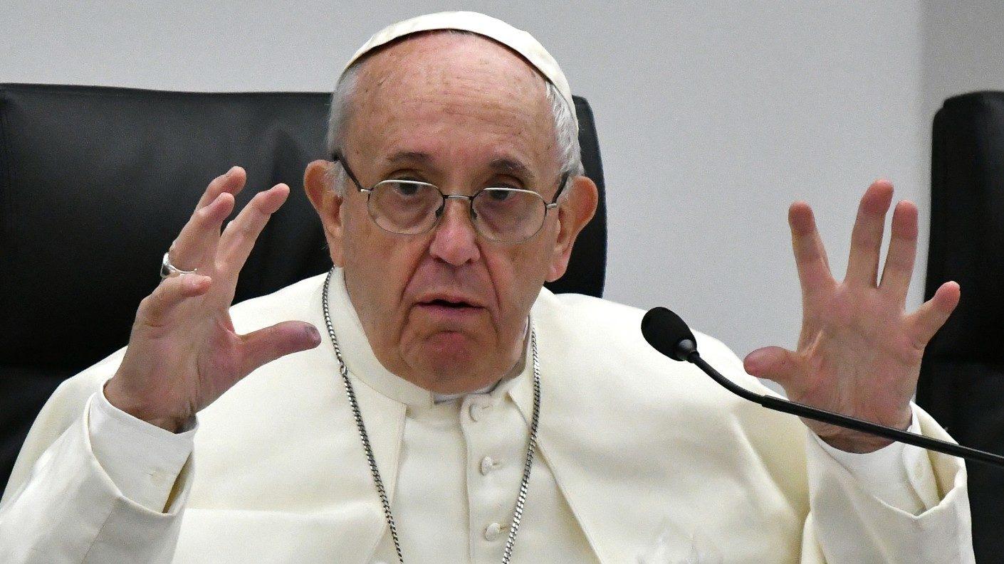 Papa Francisco sería mediador en crisis venezolana si ambos lo piden