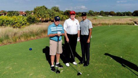 Trump se «desestresa» en Miami con Jack Nicklaus y Tiger Woods