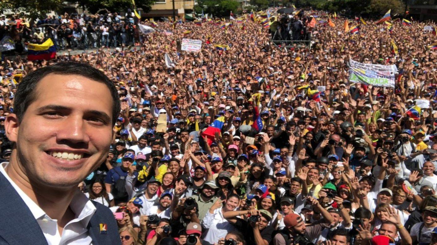 Juan Guaidó se tomó un selfie este 12 de febrero