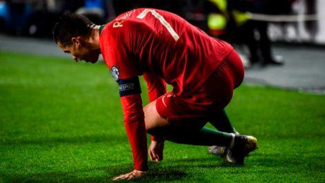 Cristiano Ronaldo se lesiona y Portugal empata con Serbia «a duras penas»