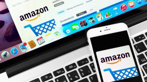 Hombre compra en Amazon cosas de casa y le mandan muestra de orina