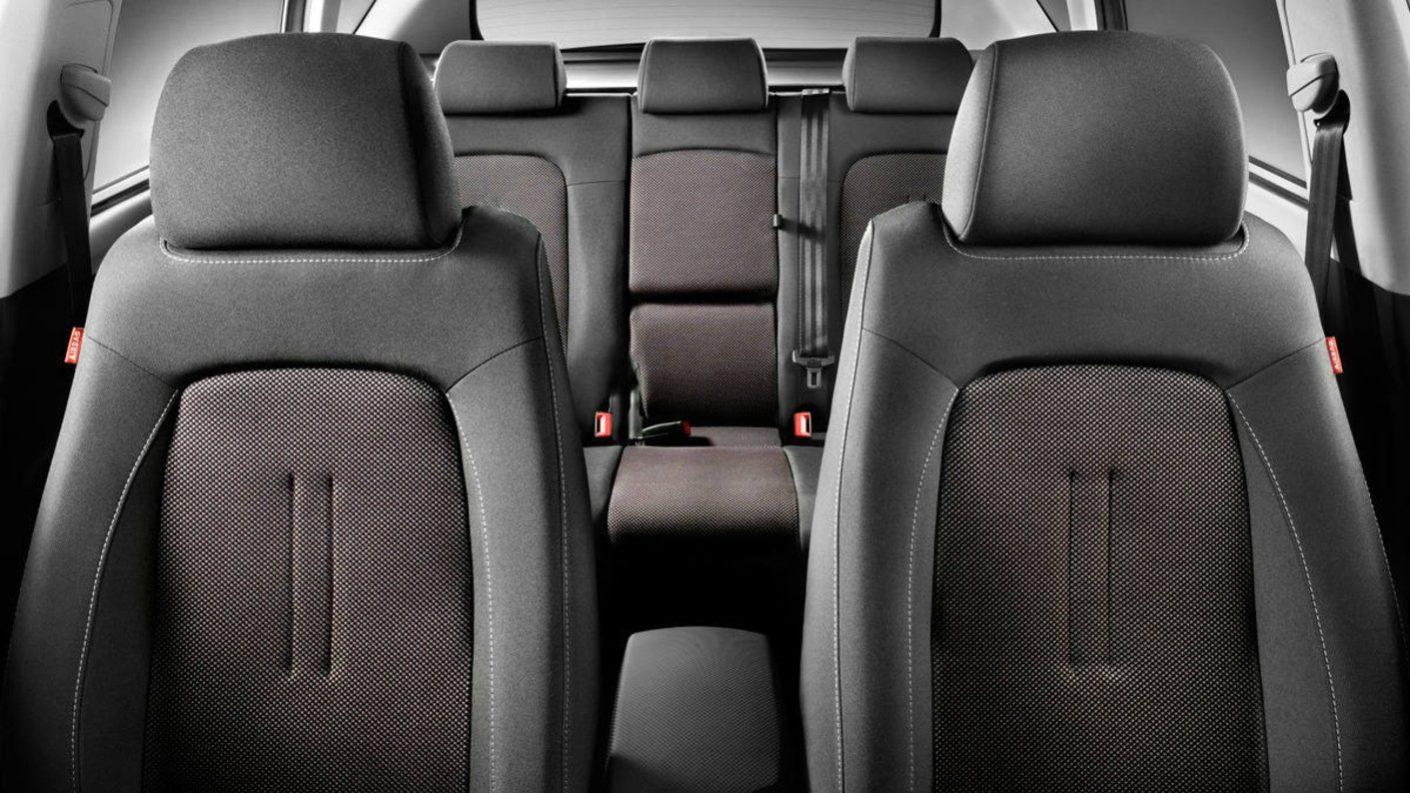 Estudio revela que asientos posteriores en un carro son los menos seguros