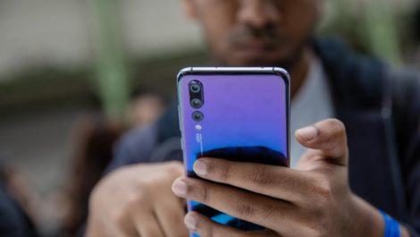 Ladrones en Perú roban celulares pero dejan los Huawei a un lado