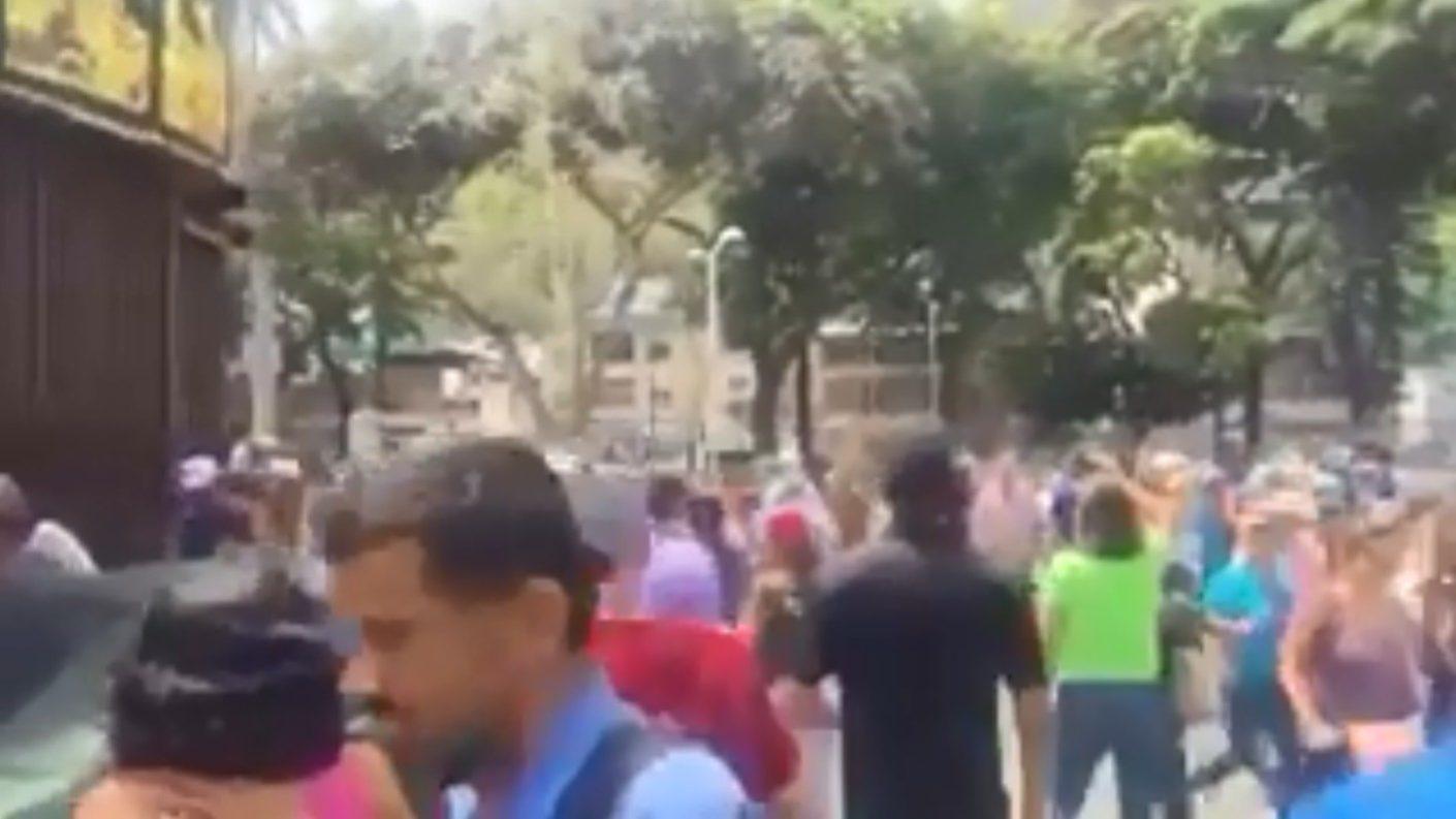 Guardia Nacional reprime duro protesta en El Paraíso el #1May