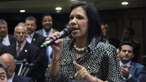 Diputada Mariela Magallanes busca refugio en la Embajada de Italia en Caracas