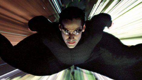 Warner Bros ya tiene fecha de estreno para Matrix 4 y Flash