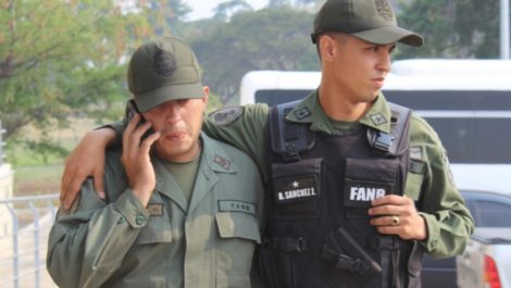 Militares desertores quieren intervenir en Venezuela