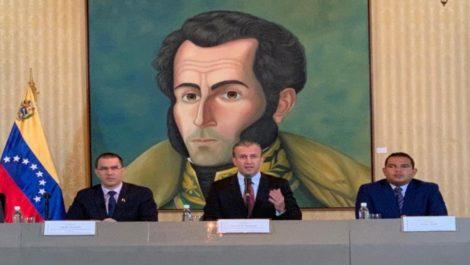Gobierno de Maduro reabre fronteras con Brasil y Aruba