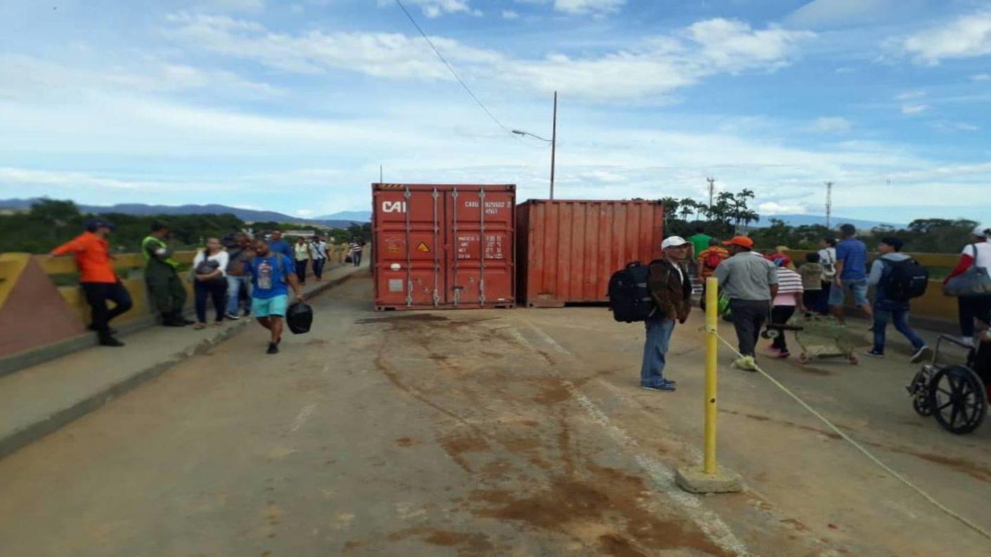Conteiners frontera con Colombia