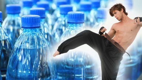 Mira el nuevo reto que se llama el «bottle cap challenge»