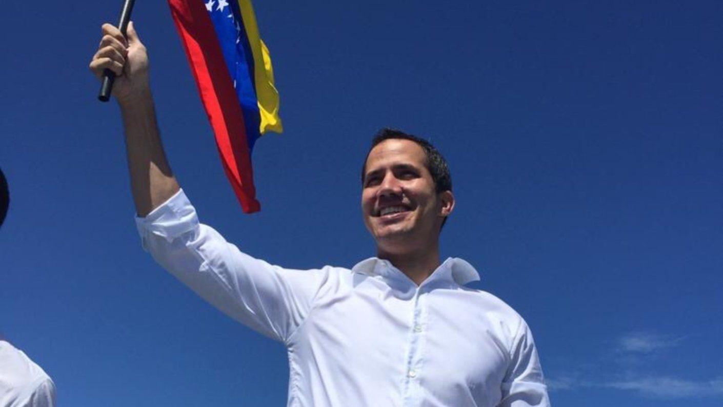 Guaidó a Maduro: «si te interesa que levanten las sanciones, vete ya»