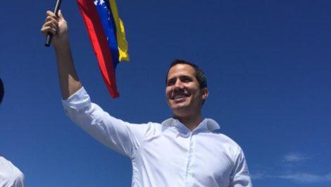 Guaidó sí viajará a España para reunirse con la canciller González Laya