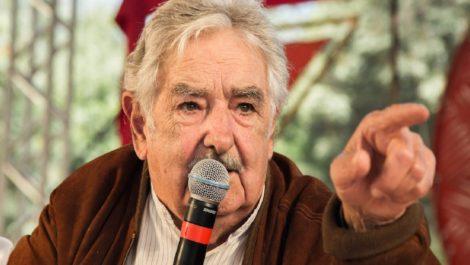 La democracia uruguaya despide a Mujica y Sanguinetti con lágrimas y aplausos