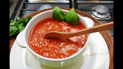 ¿Sabes cuál es el origen de la sabrosa salsa de tomate de la pasta?
