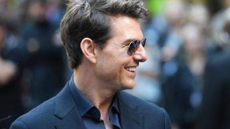 Tom Cruise en persona revela tráiler de Top Gun 2 en la Comic-Con de San Diego