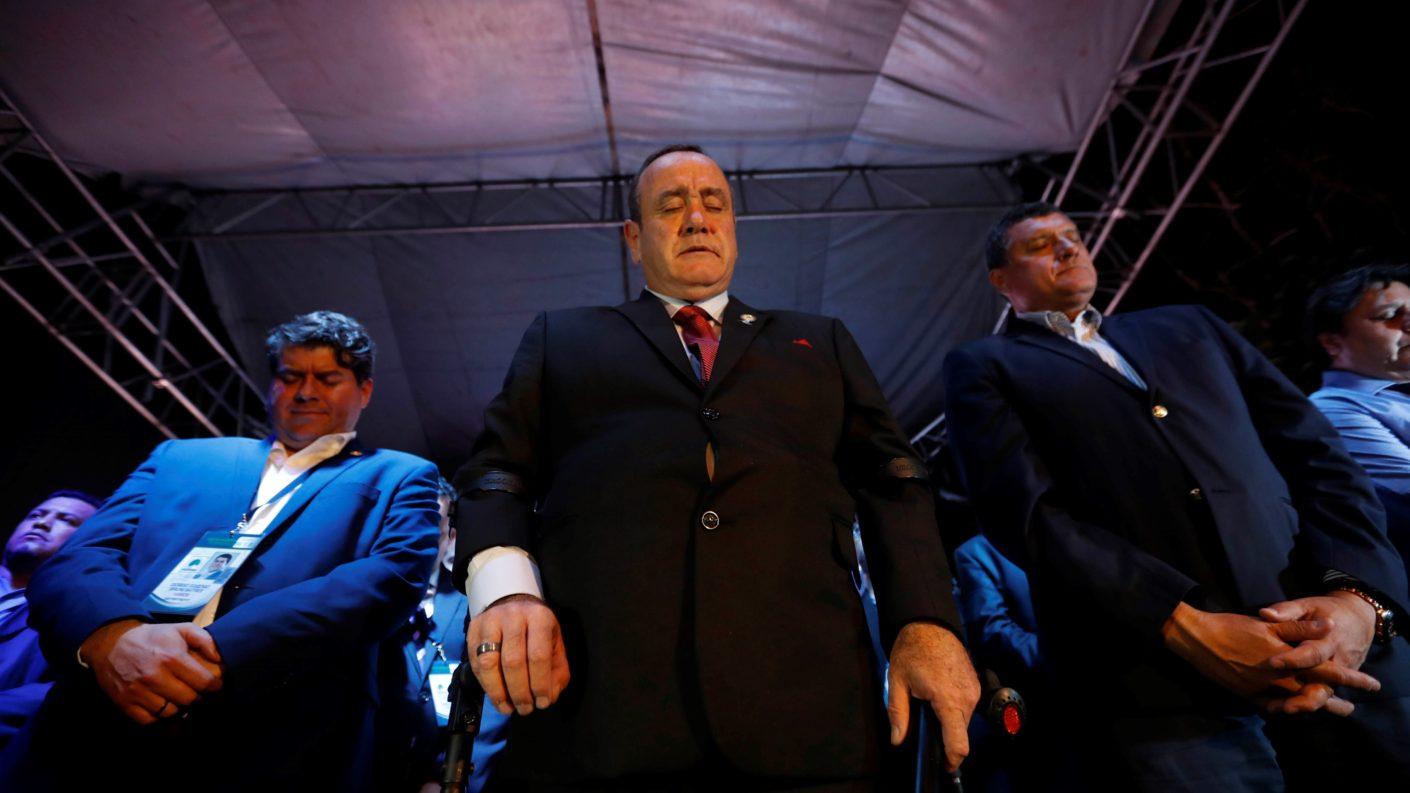 Giammattei asume la presidencia de Guatemala