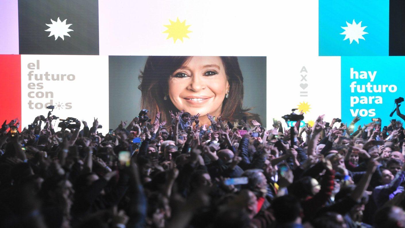 El kirchnerismo arrasó en primarias contra Macri
