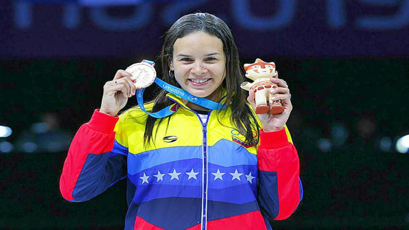 Canadá negó visa a la esgrimista y exministra del deporte Alejandra Benítez