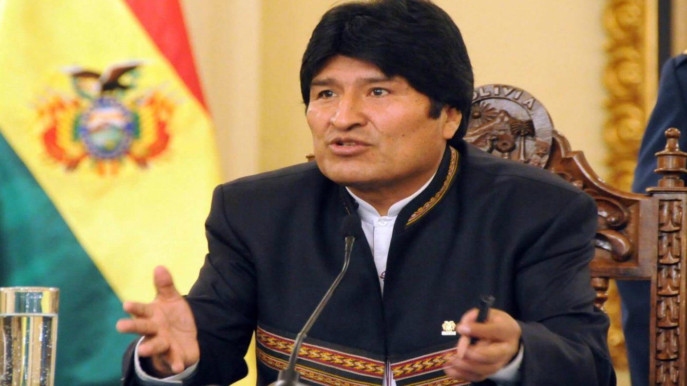 Evo Morales acepta «cooperación internacional» y posterga su campaña