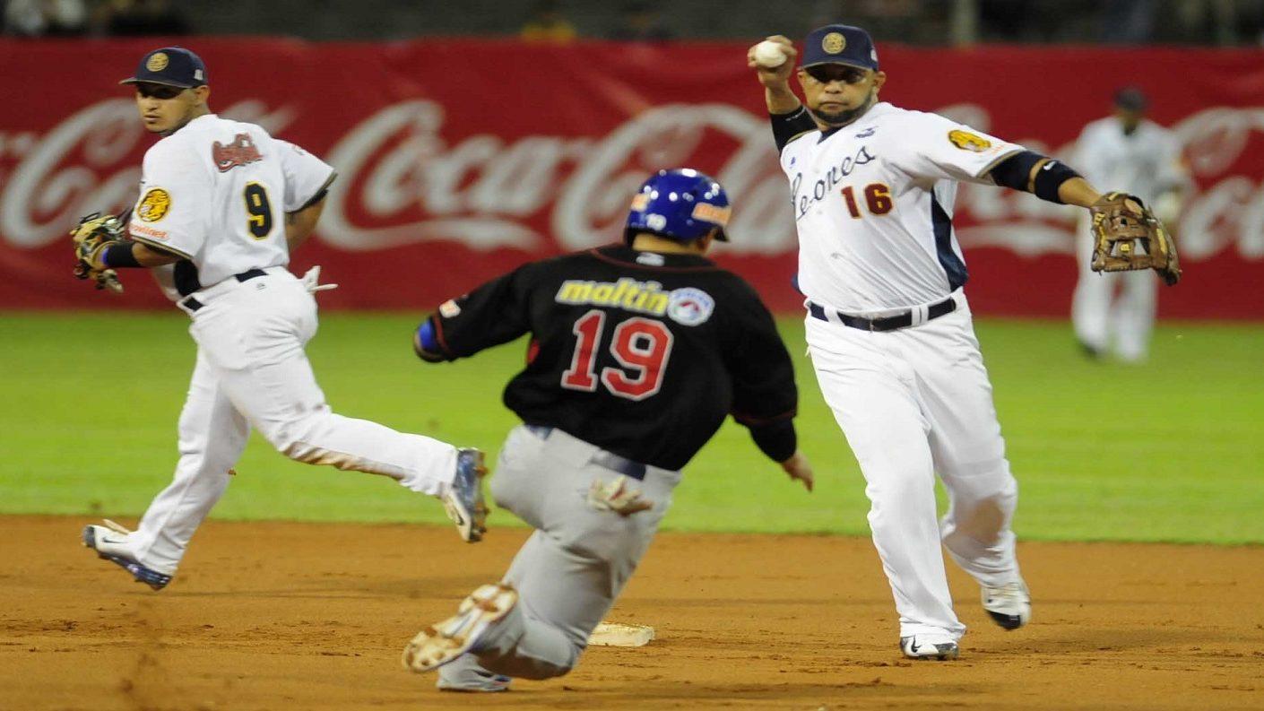 MLB prohibirá a peloteros jugar en la LVBP