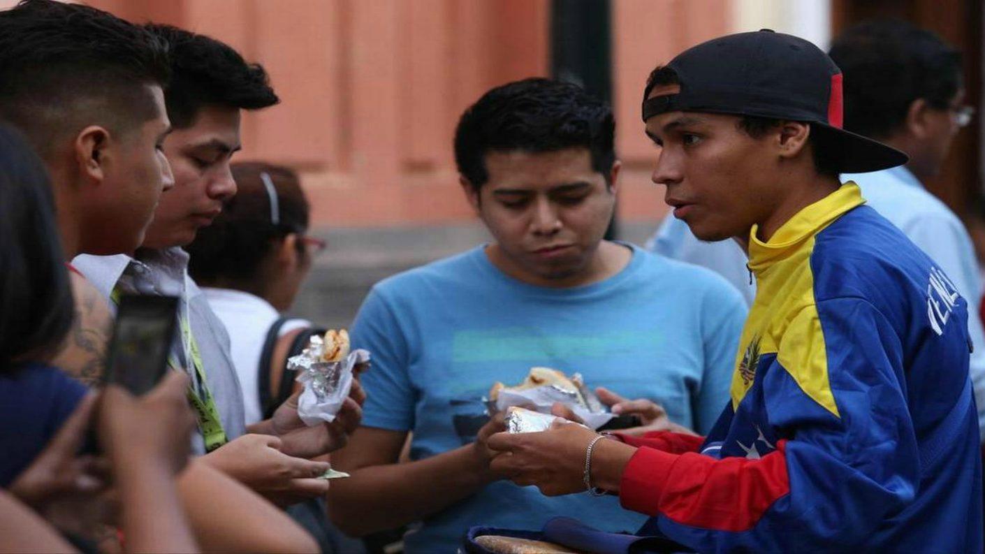 Perú registró incremento récord en importación de harina de maíz para arepas venezolanas