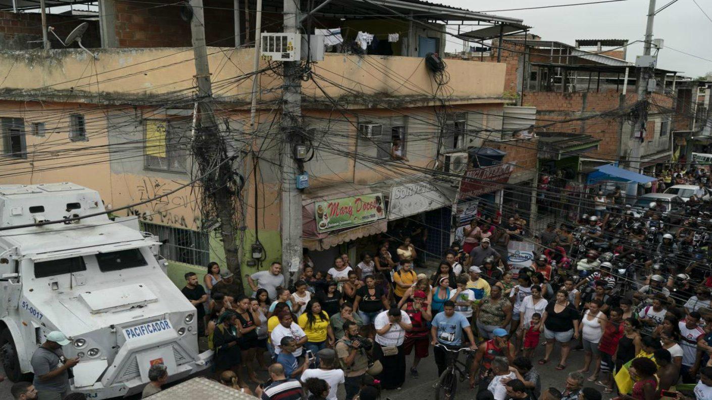 Brasil: Muerte de niña genera indignación en favela de Río