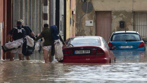 Más de 1.500 personas evacuadas en el sur de España por inundaciones