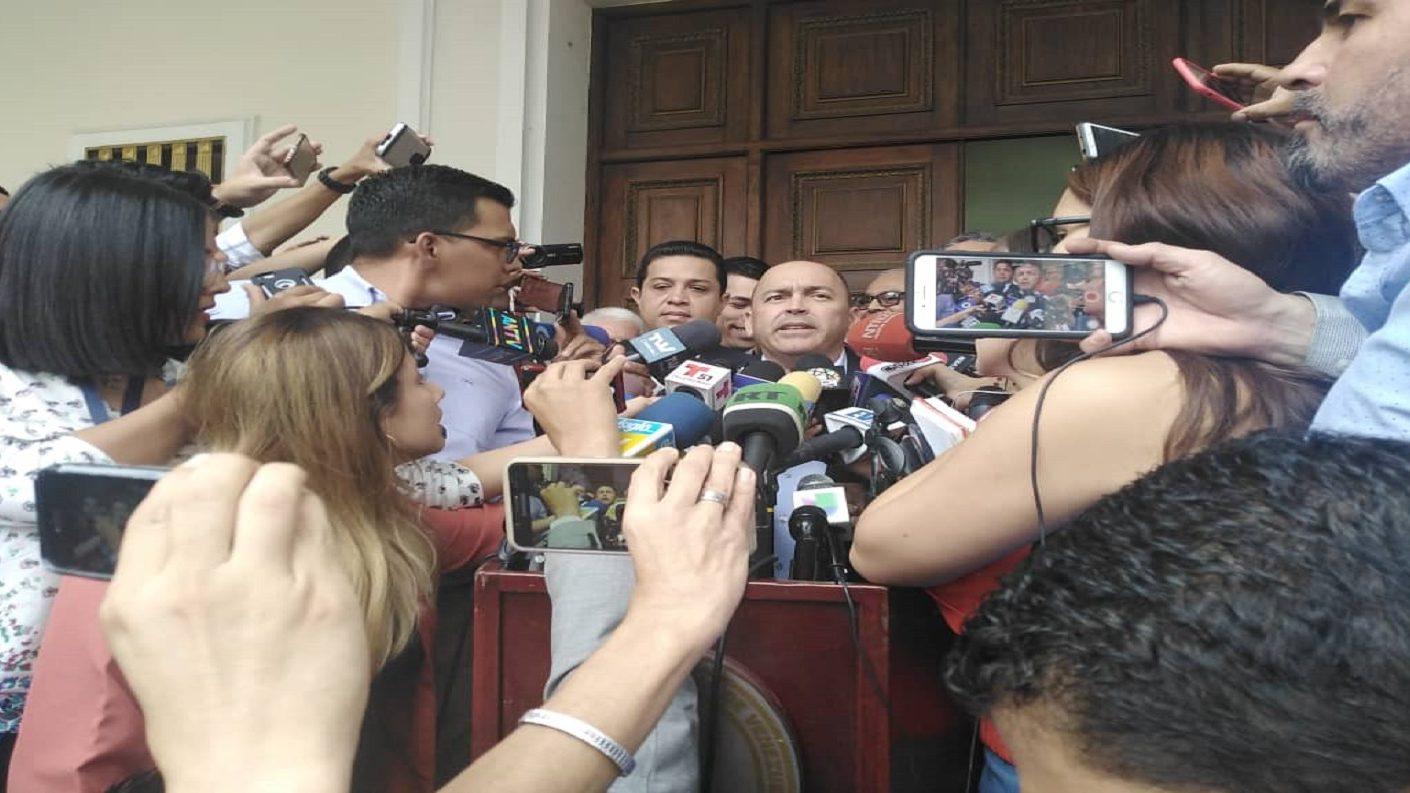 Chavismo vuelve a pedir que Guaidó sea investigado por caso Los Rastrojos