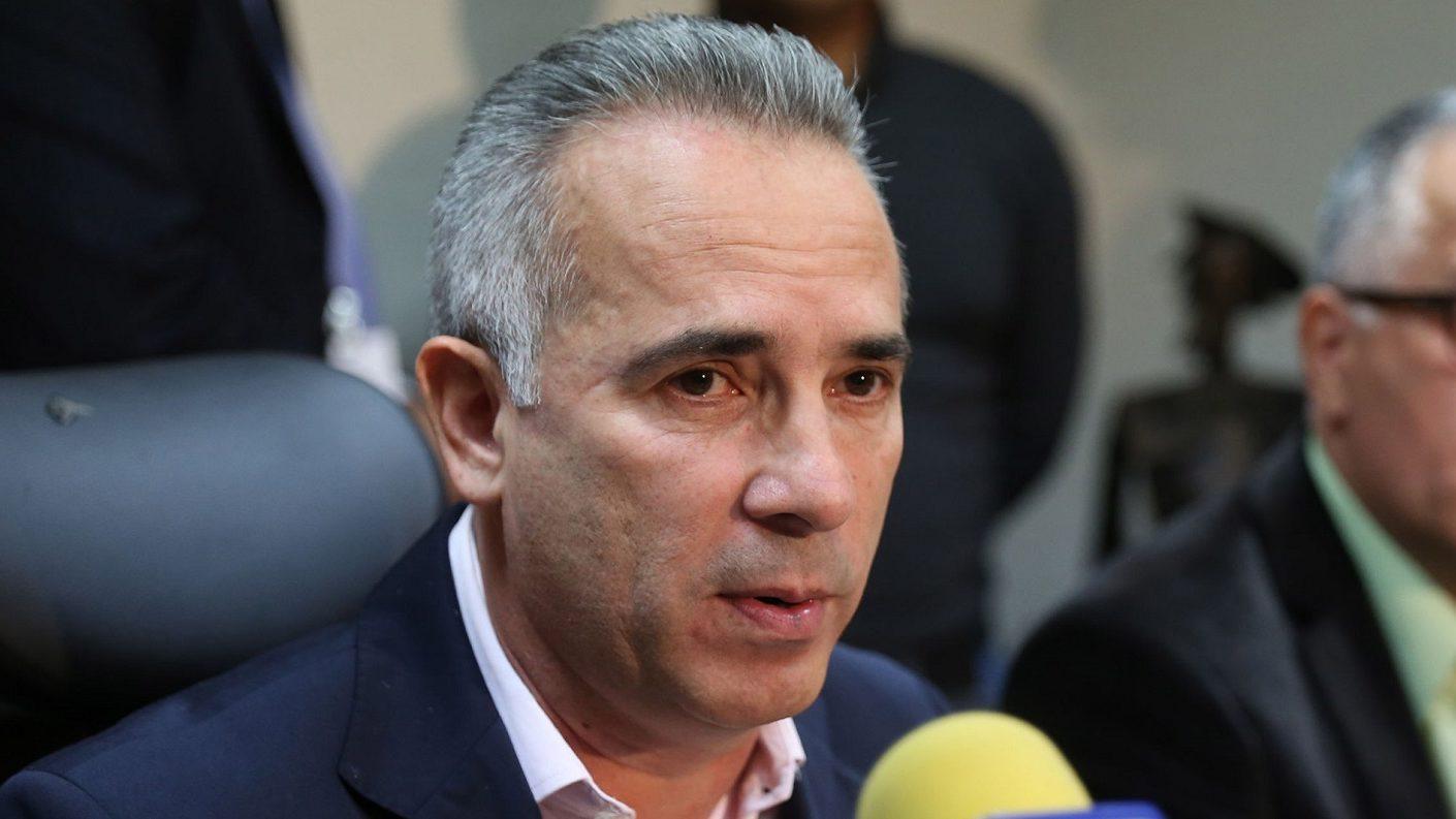 Bernal elabora propuesta para reabrir comercialmente la frontera con Colombia