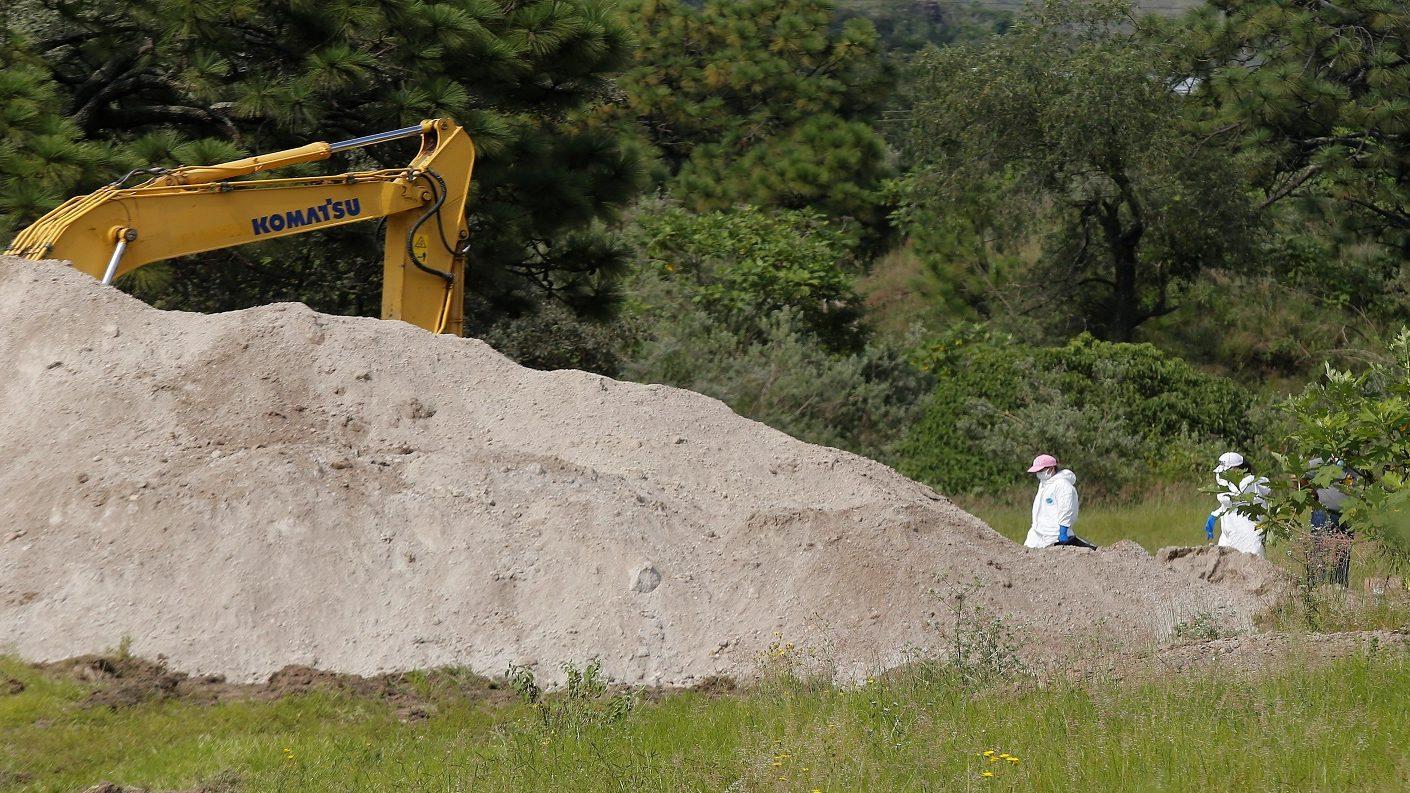 Encuentran en Jalisco 75 bolsas con cuerpos humanos desmembrados