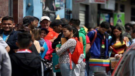 Tras aumento de Xenofobia en Perú abren canales de denuncia para venezolanos