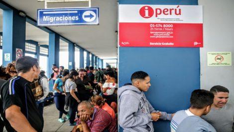 Perú elevará resguardo fronterizo para evitar el ingreso ilegal de venezolanos