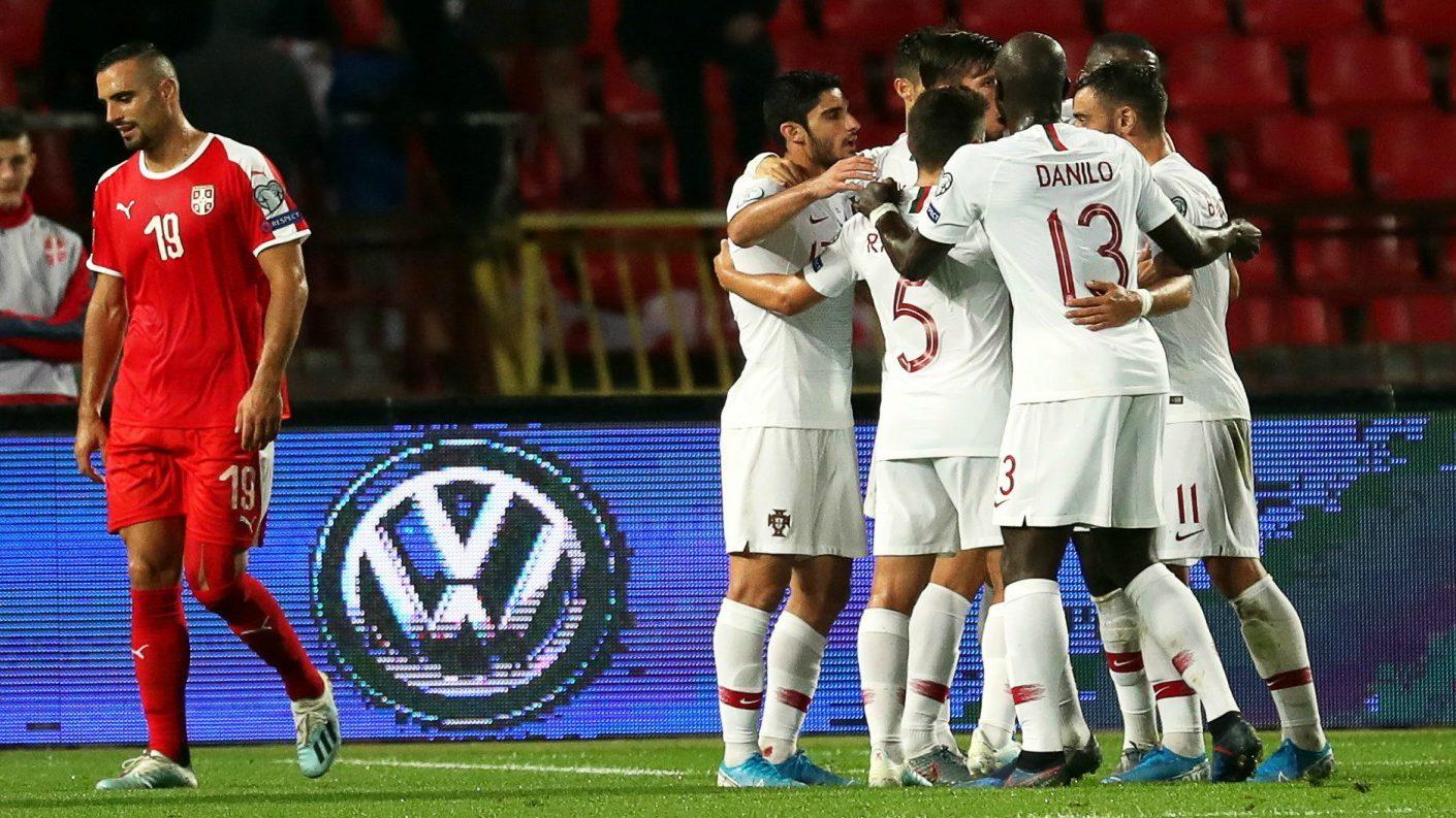 Portugal goleó a Serbia