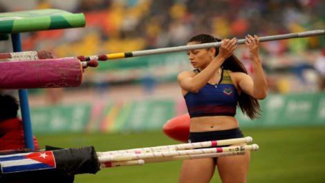 Robeilys Peinado rompe nuevamente el récord nacional