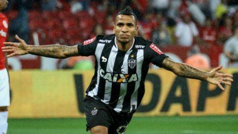 Rómulo Otero marcó por segunda jornada consecutiva en Brasil