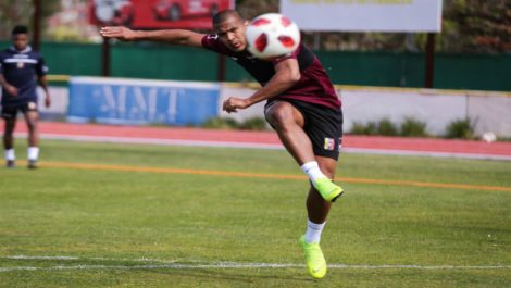 Rondón reafirma compromiso con la Vinotinto