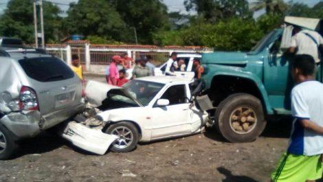 Lara: Gandola sin frenos impacta al menos 17 carros que hacían cola por gasolina